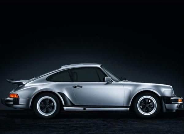 Se cumplen 40 años de la llegada del primer Porsche 911 Turbo.