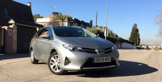 El Toyota Auris ST es uno de los modelos a tener en cuenta si queremos comprarnos un familiar.