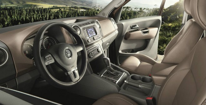 Vista interior del Volkswagen Amarok Highline Edition.