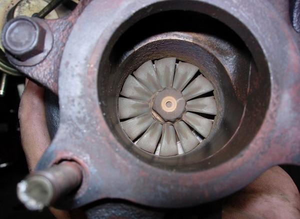 Holgura axial turbo
