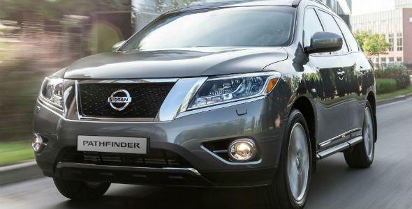 Nissan Pathfinder y Nissan Sentra, presentados en Moscú
