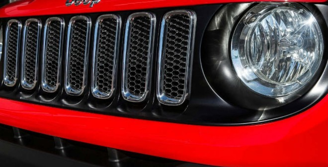 El frontal del Jeep Renegade impone.