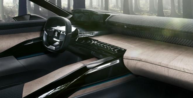 El interior del Peugeot Exalt es lo que más se aleja de un posible modelo de producción.