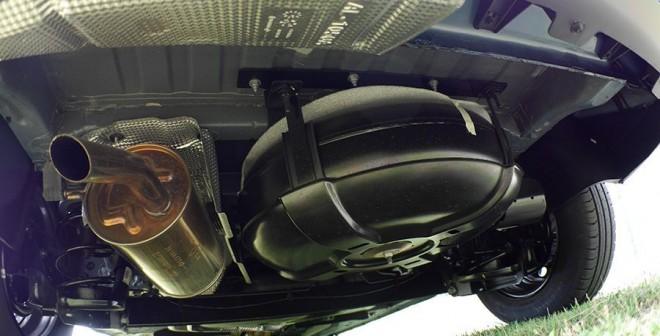 Prueba Dacia Lodgy GLP Laureate, depósito GLP, Rubén Fidalgo