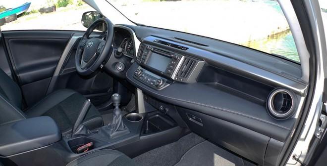 Prueba Toyota Rav4 120d, interior, Rubén Fidalgo