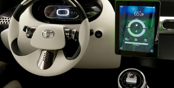 El interior del Toyota U2 Concept es tan minimalista como tecnológico.