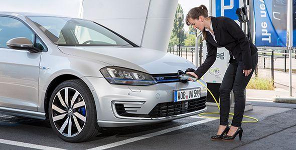 El Volkswagen Golf GTE híbrido enchufable llegará en febrero a España