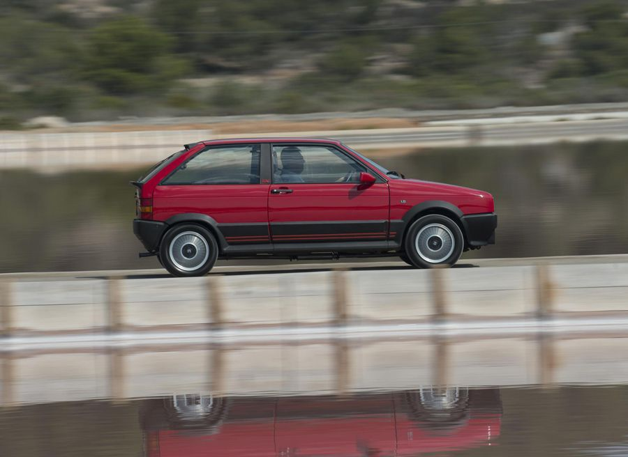 El Seat Ibiza SXi se puede considerar el abuelo de los Cupra y FR.