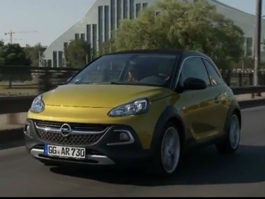 El Opel Adam Rocks, en vídeo