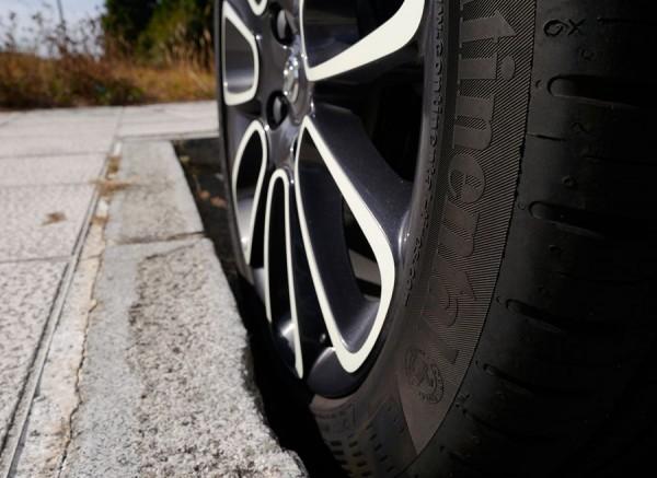 Ahorrar desgaste neumáticos, Rubén Fidalgo