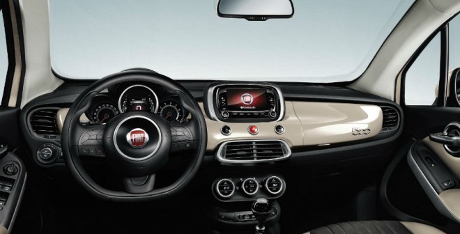 El interior del Fiat 500X es elegante.