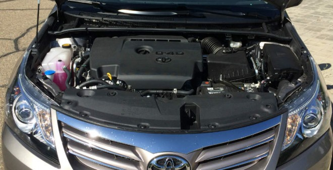 El motor 120D del Toyota Avensis que he probado ofrece muchas más luces que sombras.