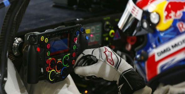 Así es el volante del Porsche de Le Mans