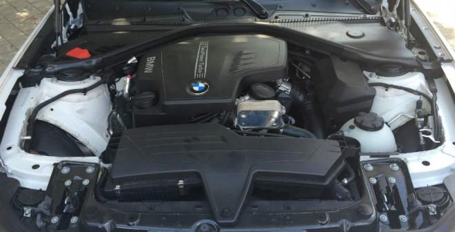 El BMW 220i Coupé cuenta con un motor turbo de 2 litros y 184 CV de potencia.