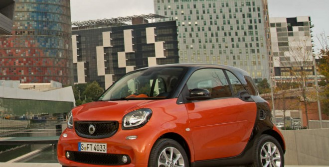 El nuevo Smart ForTwo llega al mercado con dos motores de gasolina uno de 71 CV y otro de 90.