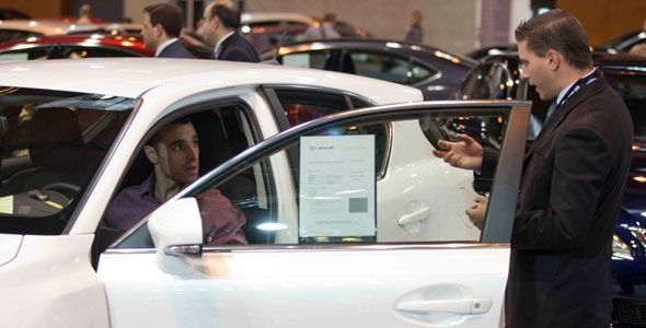 ¿Interesa comprar un coche de alquiler, renting o leasing? Riesgos y ventajas