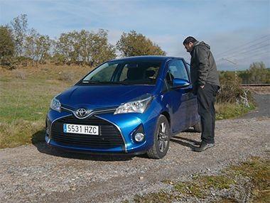 Vídeo prueba Toyota Yaris 90D Active 2015