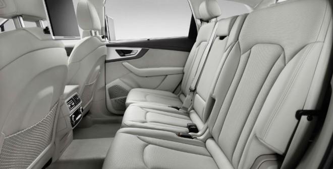 Las plazas traseras disponen de más espacio para sus ocupantes que en el actual Audi Q7.