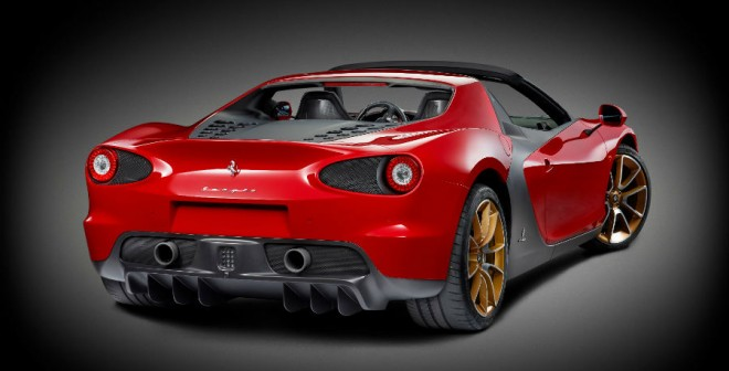 La zaga del Ferrari Sergio es sencillamente espectacular.