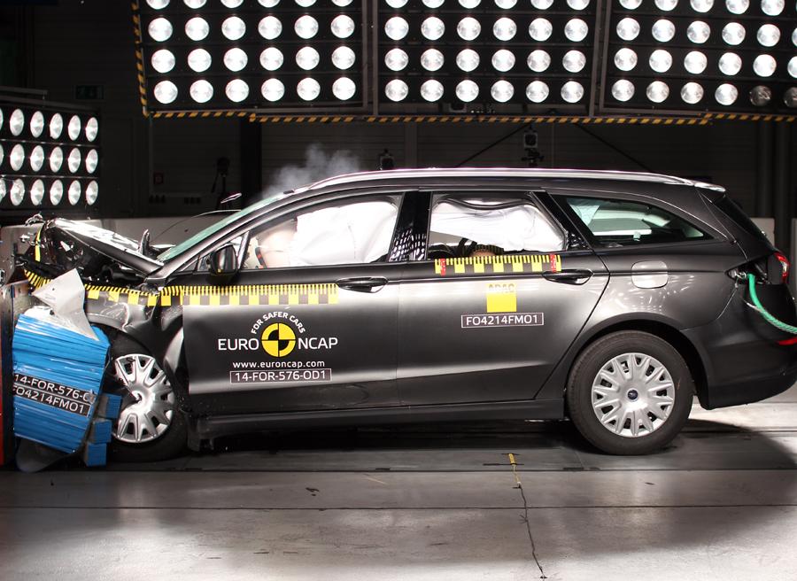Ford Mondeo NCAP