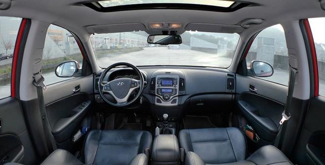Guía de compra usado, Hyundai i30 2.0 CRDi 140 CV 2007, Interior, Rubén Fidalgo