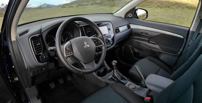 Prueba Mitsubishi Outlander 220 DI-D 150 CV 2WD, interior, Rubén Fidalgo