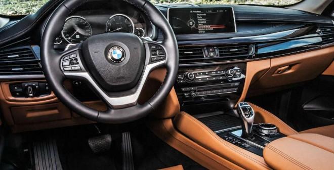 BMW ha apostado por la calidad en el interior del nuevo BMW X6.