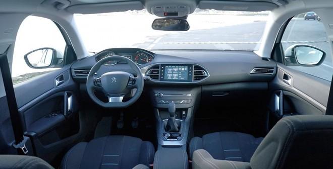 Prueba Peugeot 308 SW 1.2 PureTech 110 CV Business Line, interior, Rubén Fidalgo