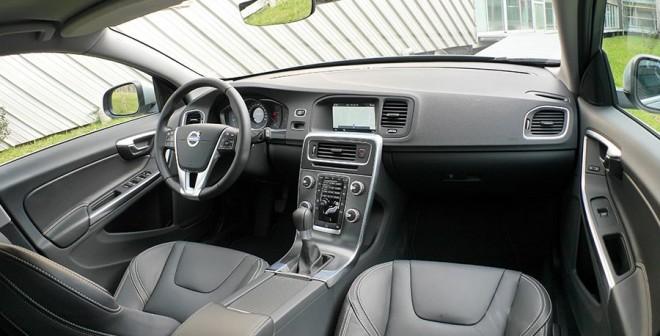 Prueba Volvo V60 D3 Kinetic 136 CV manual, interior, Rubén Fidalgo