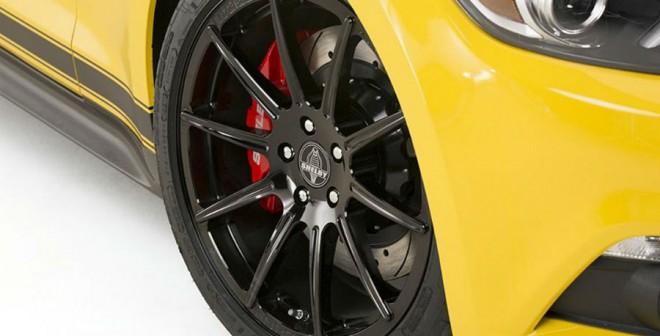 Las llantas de este nuevo Shelby Mustang GT tienen un tamaño de 20 pulgadas.