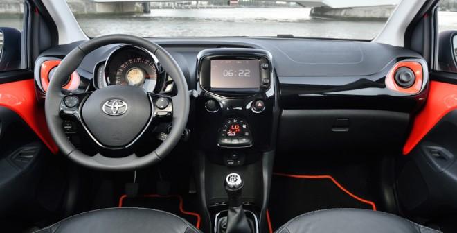 Interior del nuevo Toyota Aygo