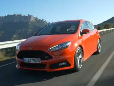 El nuevo Ford Focus ST, en movimiento