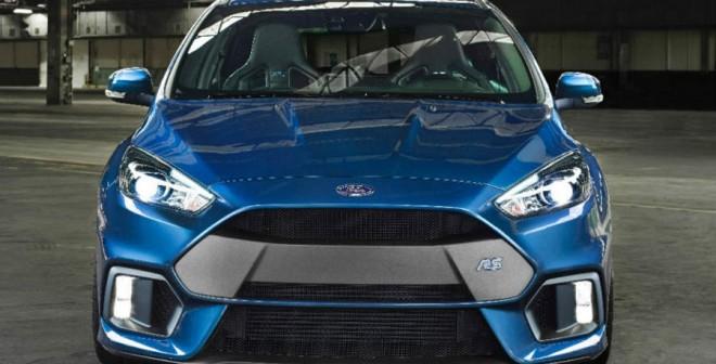 El Ford Focus RS se distingue estéticamente del resto de la gama.