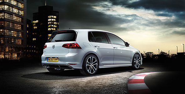 El nuevo VW Golf R-Line llega al mercado británico