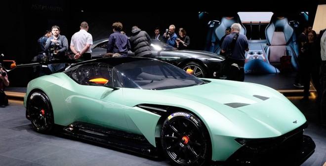 Aston Martin Vulcan Salón Ginebra 2015