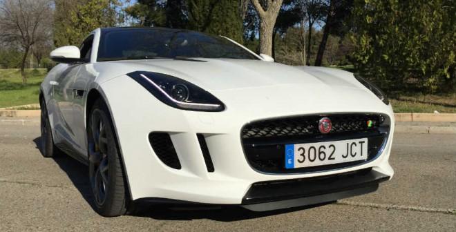 El Jaguar F-Type Coupé R tiene unas cifras de consumo más que aceptables, teniendo en cuenta el motor que esconde en sus entrañas.
