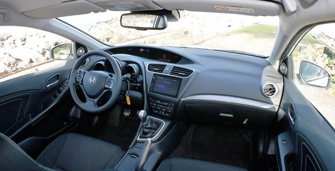 Prueba Honda Civic Tourer 1.6 i-DTEC 120 CV 2015, interior, Rubén Fidalgo