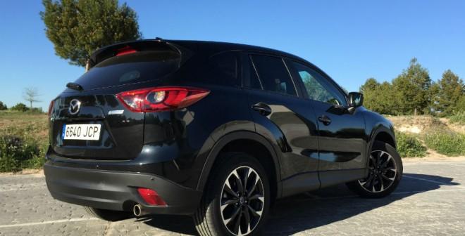 El diseño de las ópticas traseras del Mazda CX-5 es bastante afilado.