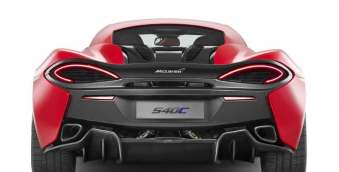 La zaga del nuevo McLaren 540C Coupé es sencillamente espectacular.