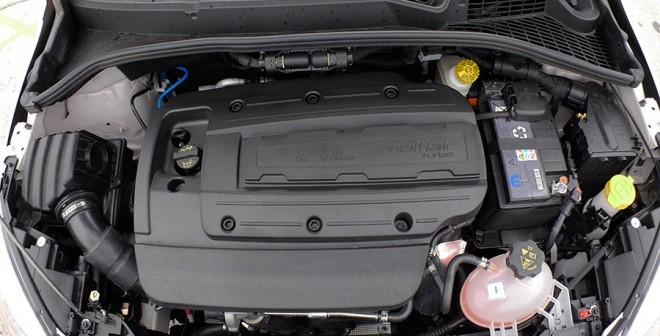 Prueba Fiat 500x 1.4 Multiair 140 CV 4x2, motor, Rubén Fidalgo