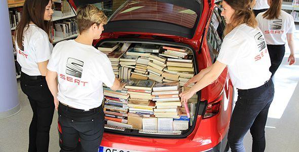 Cuántos libros caben en un Seat León X-Perience
