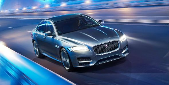 Jaguar XF: debut europeo