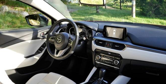 Prueba completa del nuevo Mazda6 SW 175 CV diésel 4WD 2015, interior, Rubén Fidalgo