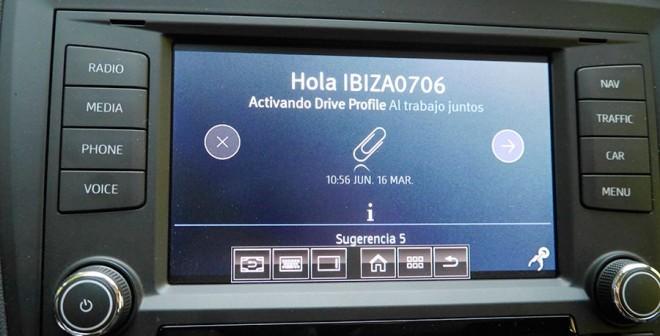 Presentación y prueba del nuevo Seat Ibiza, Interior, Rubén Fidalgo