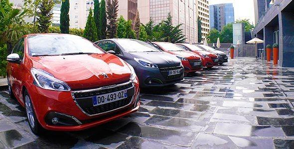 Presentación y prueba del nuevo Peugeot 208 2015