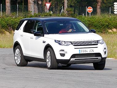 La vídeo prueba del Land Rover Discovery Sport 2015