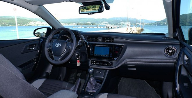 Prueba Toyota Auris TS Feel 115d 2015, interior, Rubén Fidalgo