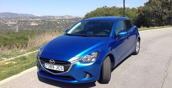 Mazda2 1.5 90 CV angulo-delantero-+2