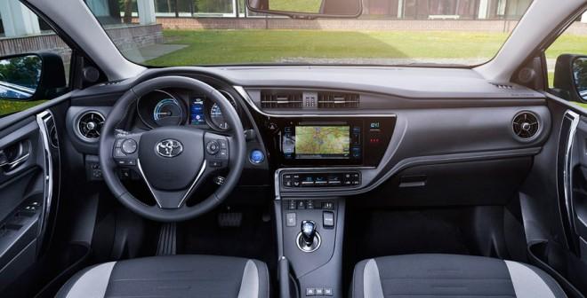 Interior del nuevo Toyota Auris 2015
