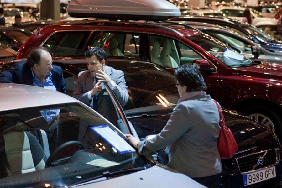 Riesgos y ventajas de comprar un coche de renting, leasing o alquiler